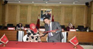 السيد رئيس جهة الشرق يوقع 35 اتفاقية مع التعونيات النسائية بالعالم القروي