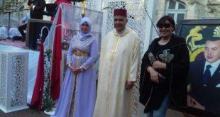 قنصلية المملكة المغربية بمونبلييه تحتفل بالذكرى العشرين لعيد العرش المجيد ،ولوحات التشكيلية نعيمة السبتي تزين الحفل
