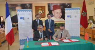 سابقة : غازي يوقع اول اتفاقية تعاون باللغة الامازيغية مع رئيس مجموعة جماعات تجمع بلد ايسوار بفرنسا