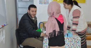 جرسيف:  تلاميذ مرکزية الصباب والأشخاص ذوي الإحتياجات الخاصة يستفيدون من قافلة طبية متعددة التخصصات