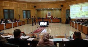 مجلس جهة الشرق يعقد دورته العادية ويدرس عدة نقط ذات طابع تنموي اجتماعي