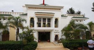 لماذا أوقفت وزارة الداخلية قائدة الملحقة الإدارية 18 بوجدة؟