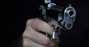 طنجة: مفتش شرطة يضطر لاستعمال سلاحه الوظيفي لتوقيف أربعيني هدد سلامة المواطنين
